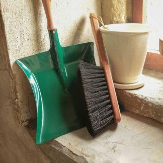Handvegers en vuilblikken
